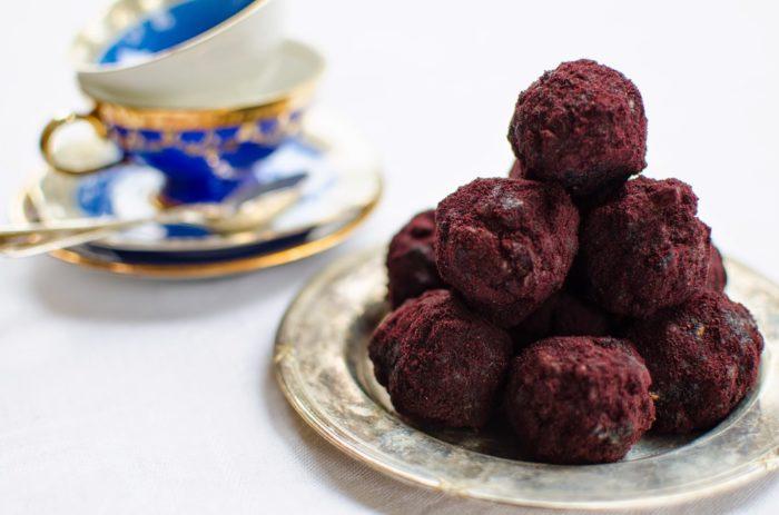 Bollar med blåbär och nötter
