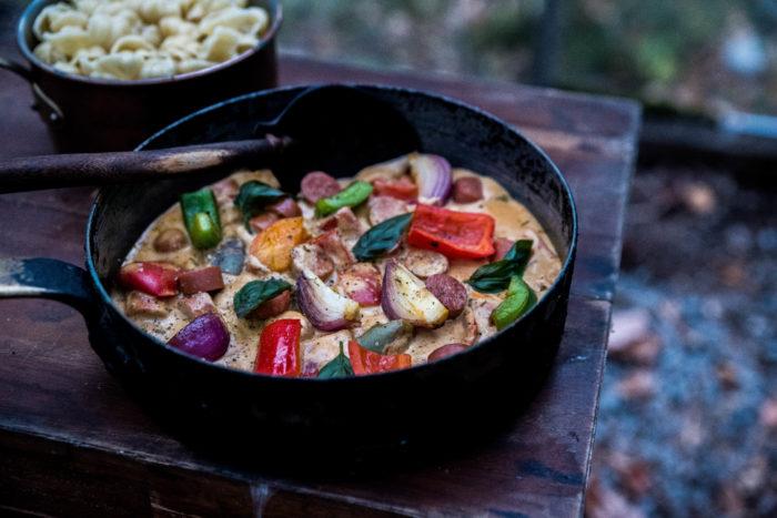 Korvgryta med grönsaker till pasta